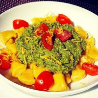 Ricetta correlata Gnocchi with turmeric with lettuce and almond pesto