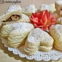 Ricetta correlata Hearts of pastry with Nutella and walnuts