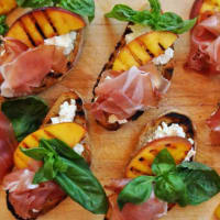 Ricetta correlata Bruschetta with grilled peaches