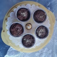Ricetta correlata Chocolate cupcakes from the heart of Ferrero Rocher