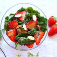 Ricetta correlata Spinach salad and strawberries