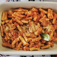 Ricetta correlata Maccheroni Fiberpasta con ragù vegano di seitan e soia