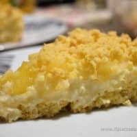 Ricetta correlata Sbrisolona con mele, crema pasticcera e pinoli