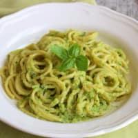 Ricetta correlata Spaghetti alla chitarra al pesto di zucchine