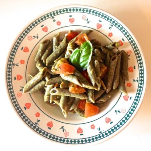 Foto Ricetta Pennette di canapa con pesto et ciliegino