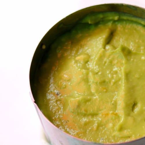 Foto ricetta passaggio Crema di avocado al limone