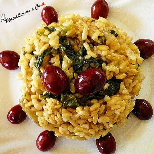 Foto Ricetta Risotto con bietola, scarola e olive
