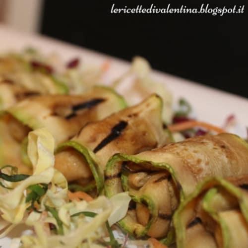 Foto Ricetta Involtini di zucchine grigliate e formaggio di anacardi veg