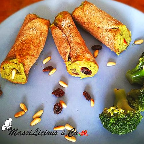 Foto Ricetta Cannoli con crema di broccoli, uvetta e pinoli