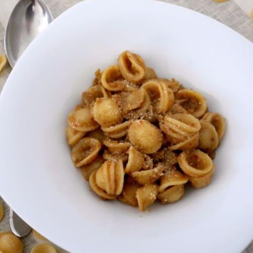 Foto Ricetta Pasta con cavolfiore, alici e pangrattato
