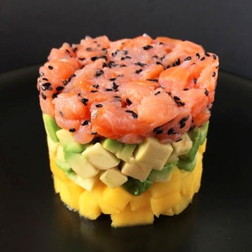 Foto Ricetta Tartare di salmone con avocado e mango