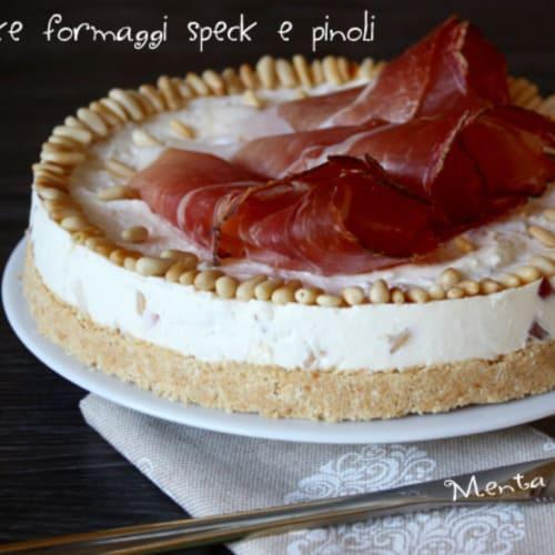 Foto Ricetta Cheesecake speck pinoli e formaggi