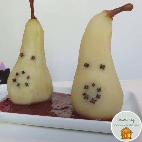 Foto Ricetta Fantasmini di pera su pozza di sangue di ciliegie