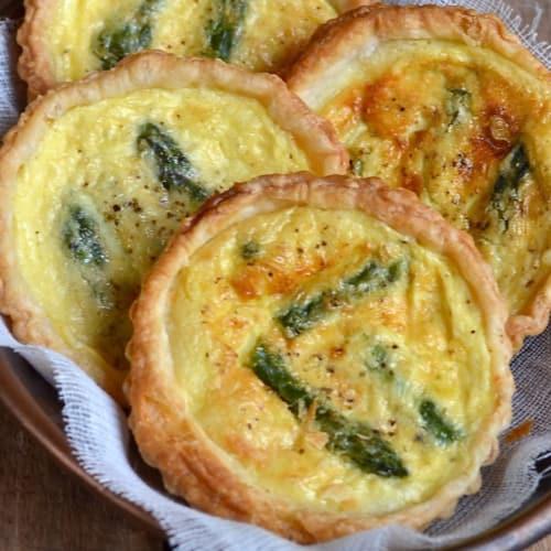 Foto Ricetta Miniquiche agli asparagi