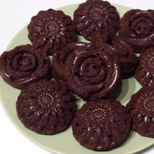 Foto Ricetta Black flowersmuffin al cioccolato extrafondente
