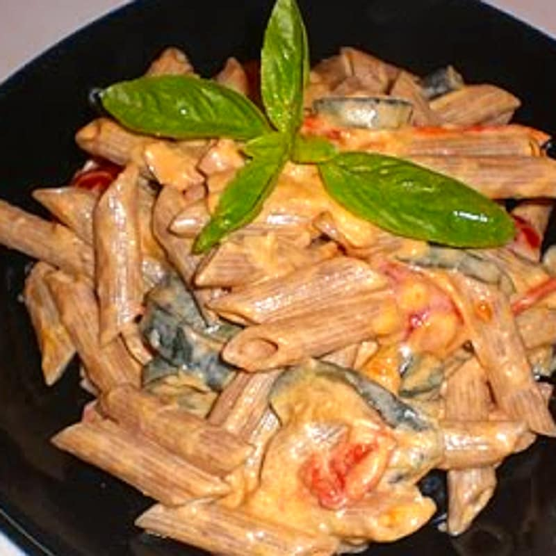 Foto Ricetta Pasta with zucchini and philadelphia in pink