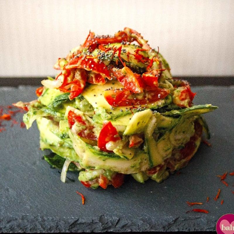 Foto Ricetta Tagliolini di zucchine con fiori di cartamo