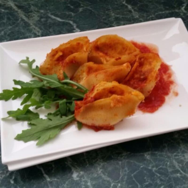 Foto Ricetta Conchiglioni ripieni vegetariani