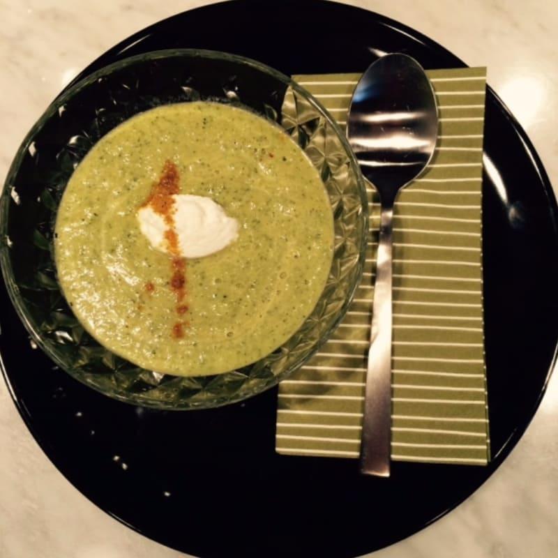 Foto Ricetta Vellutata di zucchine e curry