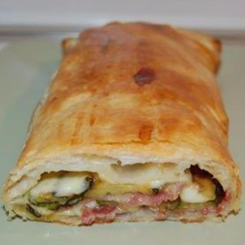 Foto Ricetta Strudel zucchini, ham and soft cheese