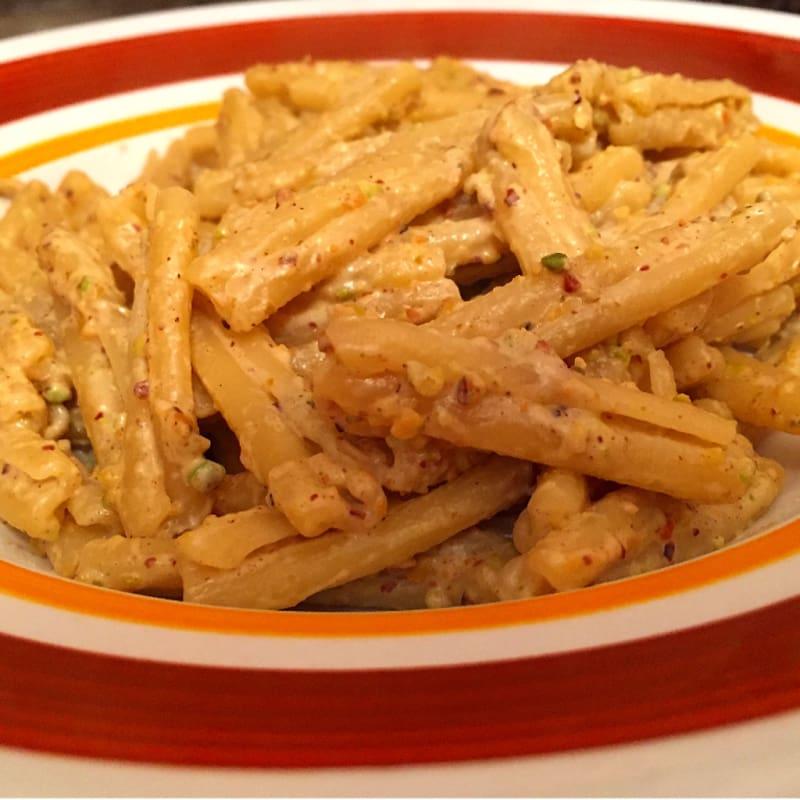 Foto Ricetta Caserecce con pesto di pistacchi