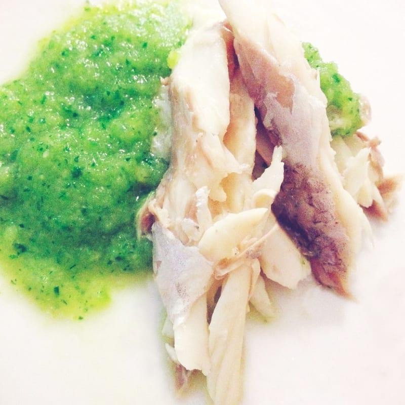 Foto Ricetta Brazino a limone con crema di basilico