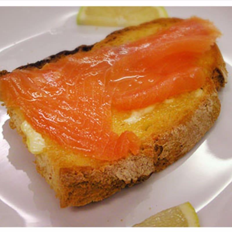 Foto Ricetta Bruschetta with salmon