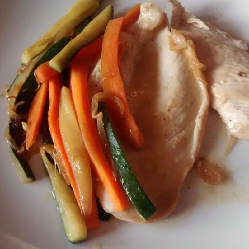 Foto Ricetta Chicken breast with honey lemon and vegetables