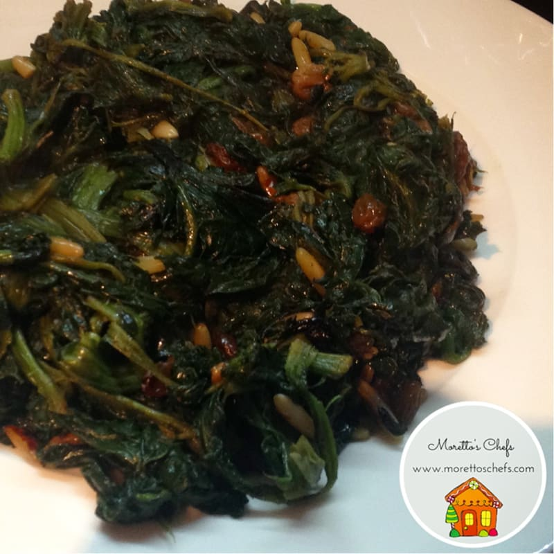 Foto Ricetta spicy spinach sauteed with raisins and pine nuts