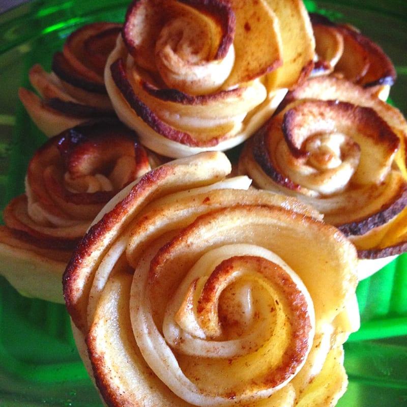 Foto Ricetta Roselline di mele e cannella