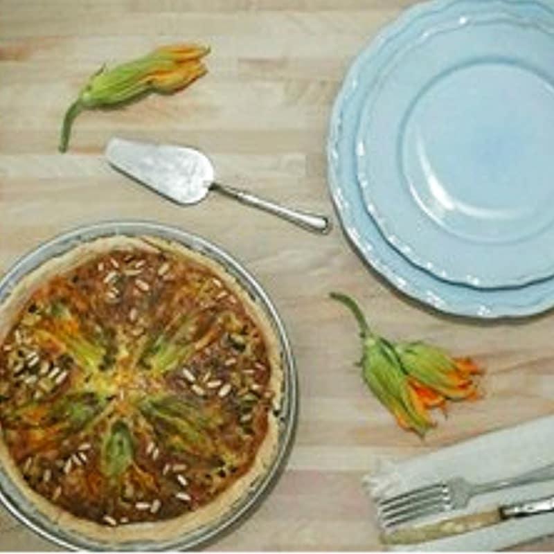 Foto Ricetta Quiche squash blossoms, zucchini and pine nuts