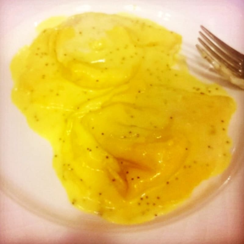 Foto Ricetta Tortelloni vegan pumpkin with saffron sauce and poppy seeds