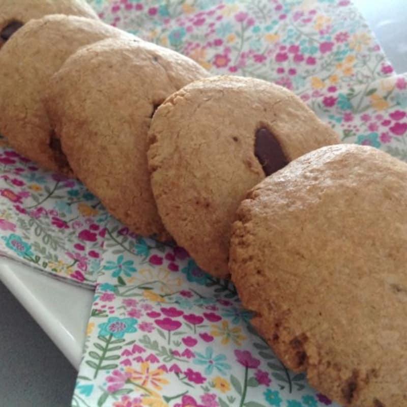 Foto Ricetta Biscotti con farina di avena e scaglie di cioccolato