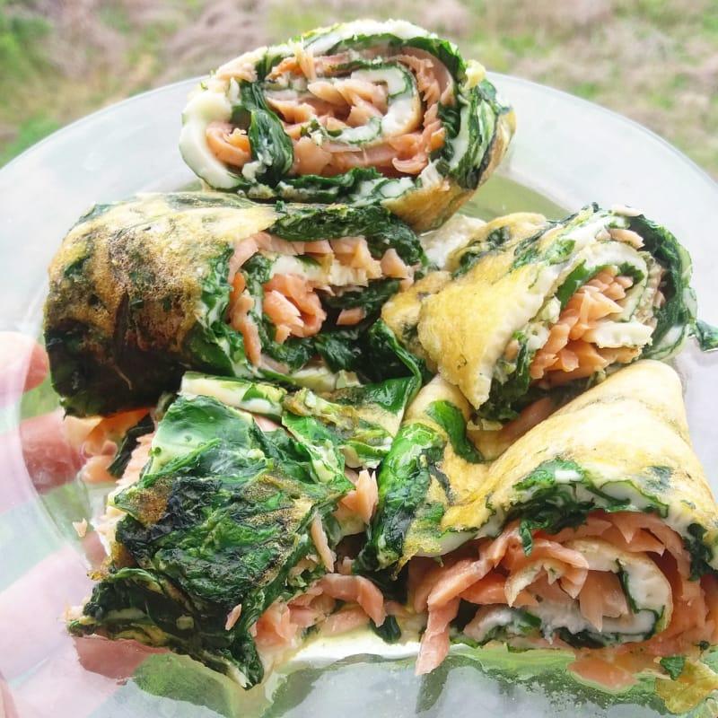 Foto Ricetta Rotolo di albumi con spinaci e salmone