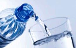 É necessário beber água sempre