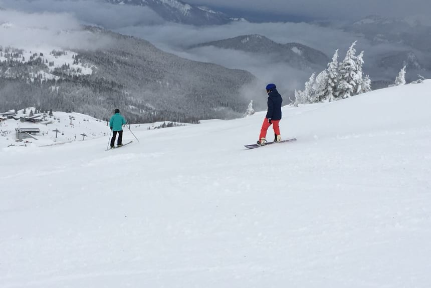 Verena Schmitt beim Snowboard fahren