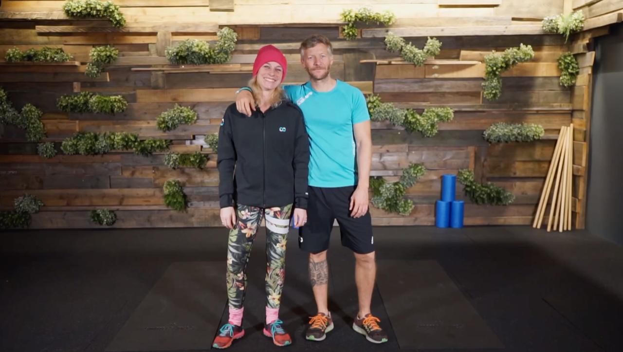 Manu und Sassy aus Köln freuen sich auf 6 Video Challenges mit dir!