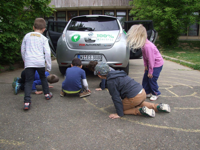 Elektromos autó az oviban - Örömhír Óvoda Veszprém