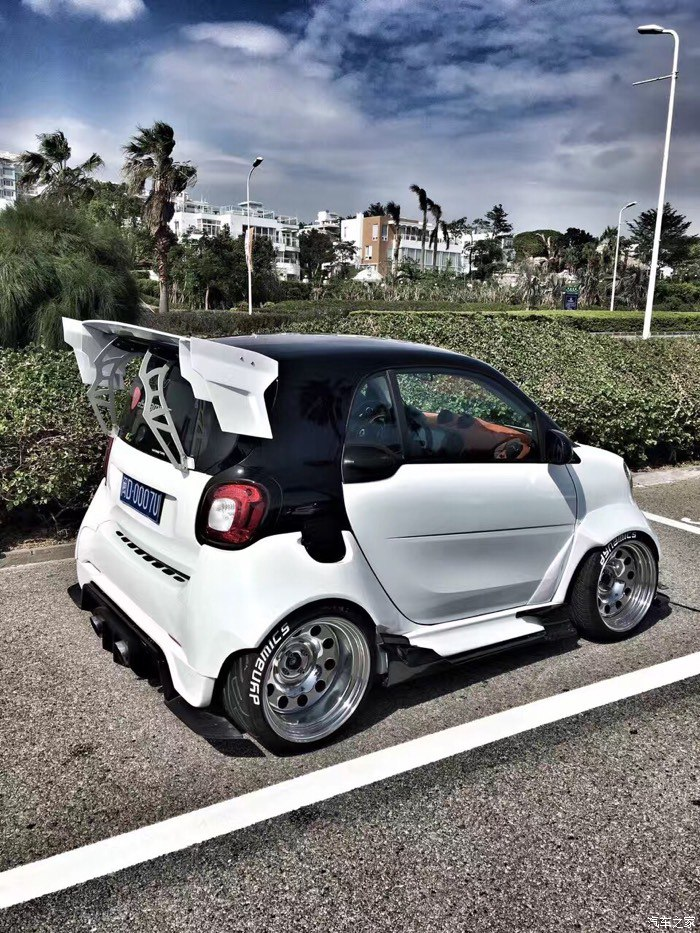 wide body smart 453 smart car forums Lifted Smart Car Body Kit i utilized my people hunting skill and was able to track down to the owner he told me that his kit was a one of, custom made kit with the wide body,