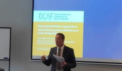 Conférence sur le management et la déontologie en Colombie