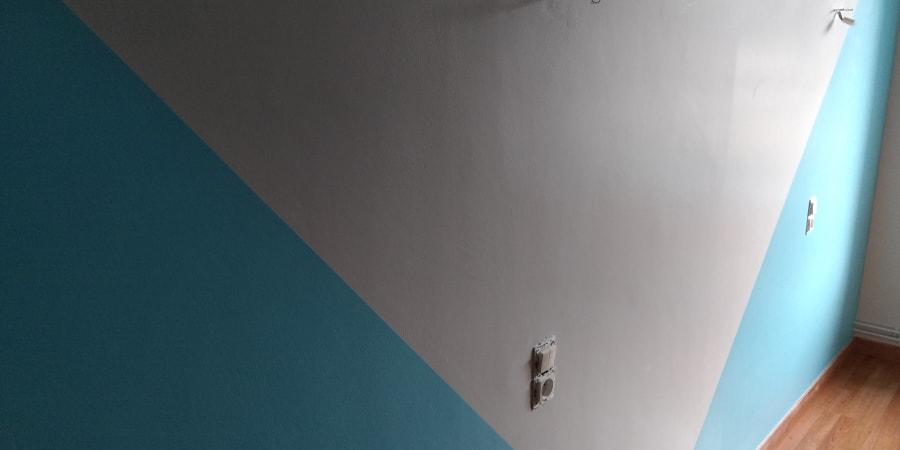PEINTURE d'un murs en 2 couleurs