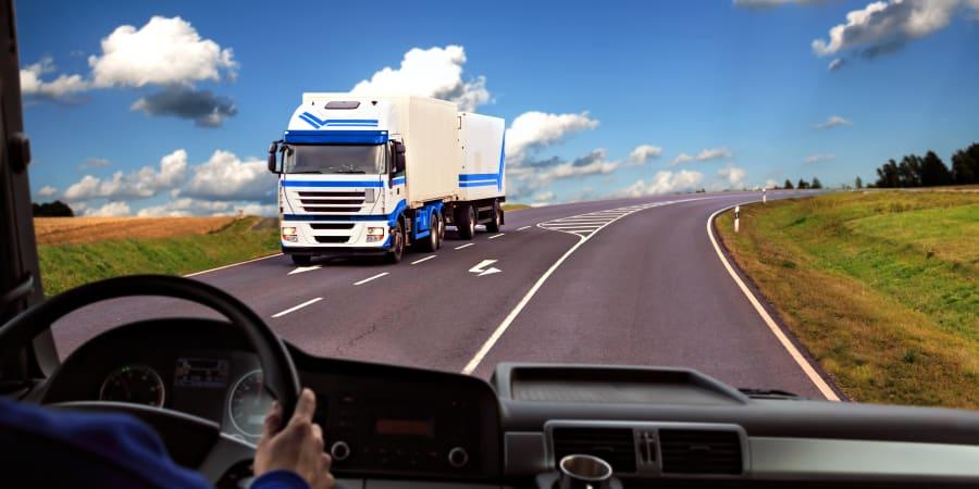 Double dépollution air - électromagnétisme des habitacles des camions d'un transporteur routier.
