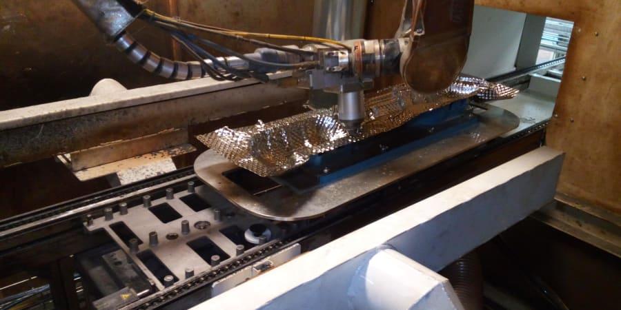 Découpe laser par robot