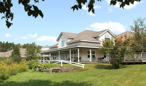 Chartwell Rogers Cove Retirement Residence