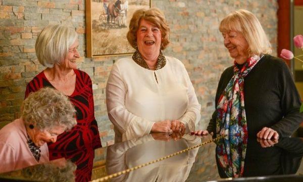Manotick Place Retirement Community | Manotick Retirement Home