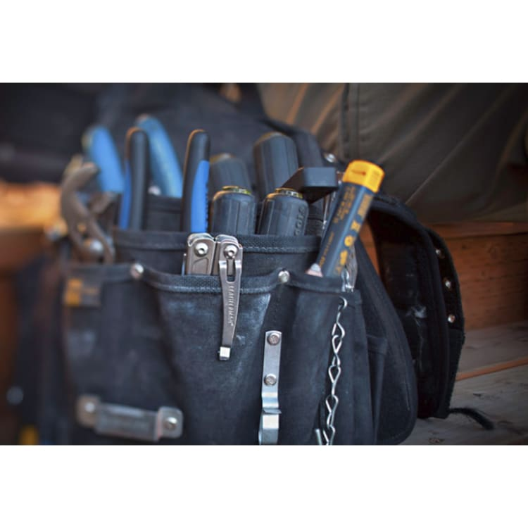 Leatherman Wingman Multi Tool + Pouch - default