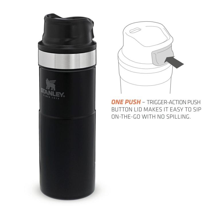 Stanley Classic Trigger Action Mug 470ml Matte Black - default
