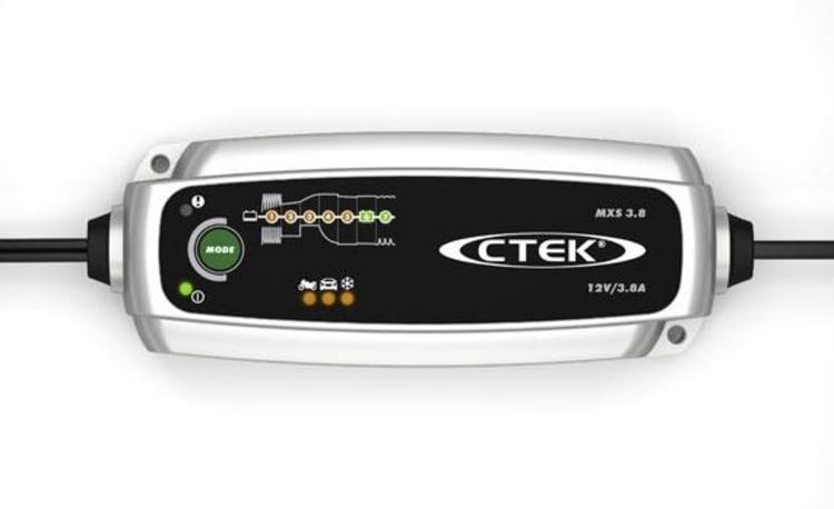 CTEK MXS 3.8 Battery Charger - default