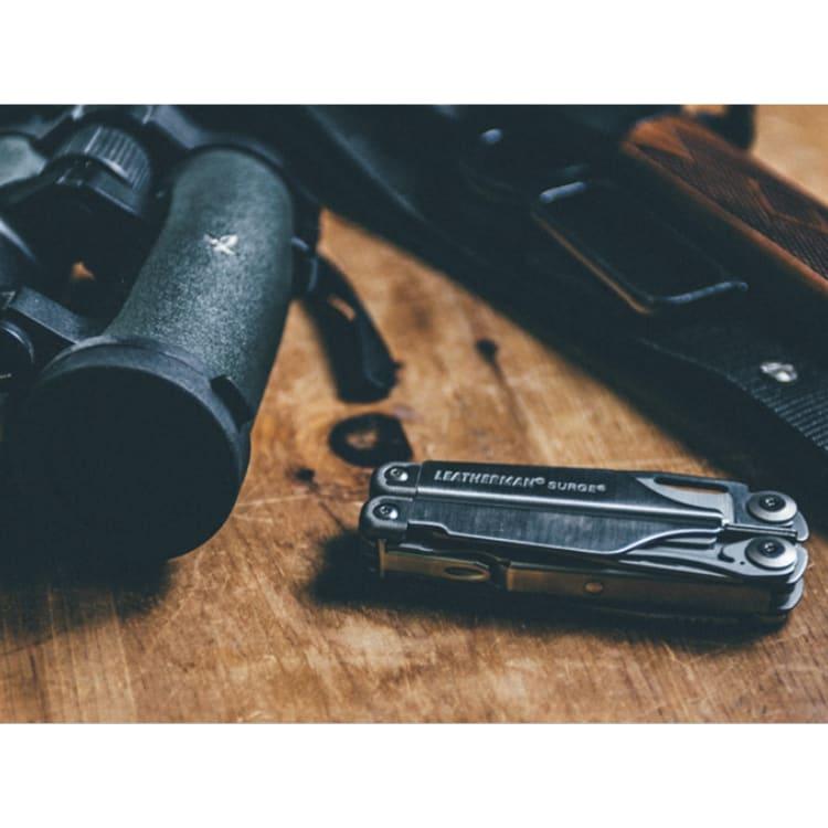 Leatherman Surge Multi-tool - default
