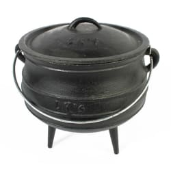 LK's Cast Iron 3 Leg Pot - No. 4